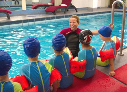 KiTa-Schwimmen im Hotel Pool